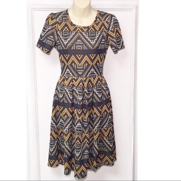 LuLaRoe Dresses & Skirts - LuLaRoe Amelia Geometric Print Dress | Size Small